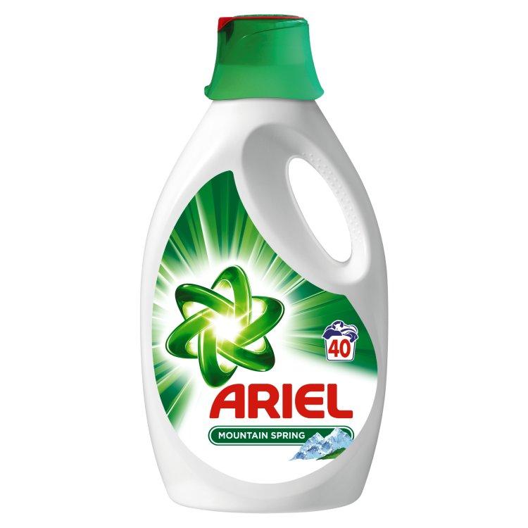 Ariel tekutý prací prostředek Mountain spring, 40 praní 2,6 l