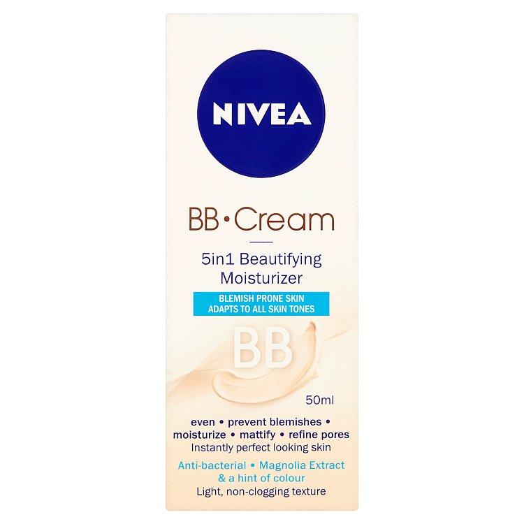 Fotografie Nivea BB Cream Zmatňující hydratační krém 5 v 1 50ml