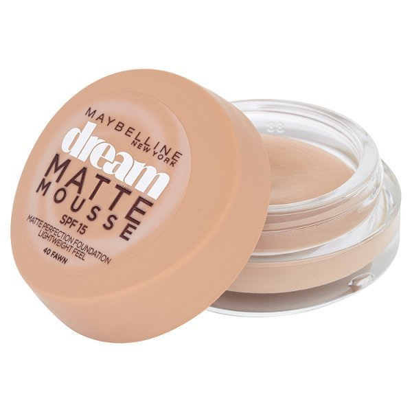 Fotografie Maybelline NY Dream Matte Mousse, make-up v lehké pěně 40 Fawn