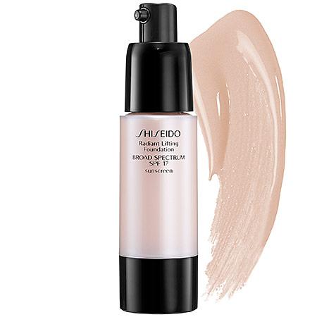Shiseido Radiant Lifting Foundation, rozjasňující make-up B20 Natural Light Beige