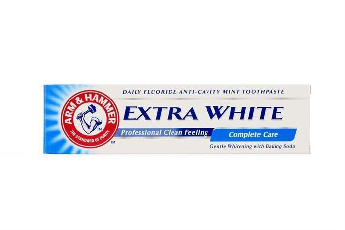 Arm & Hammer Extra White Care zubní pasta 125 g