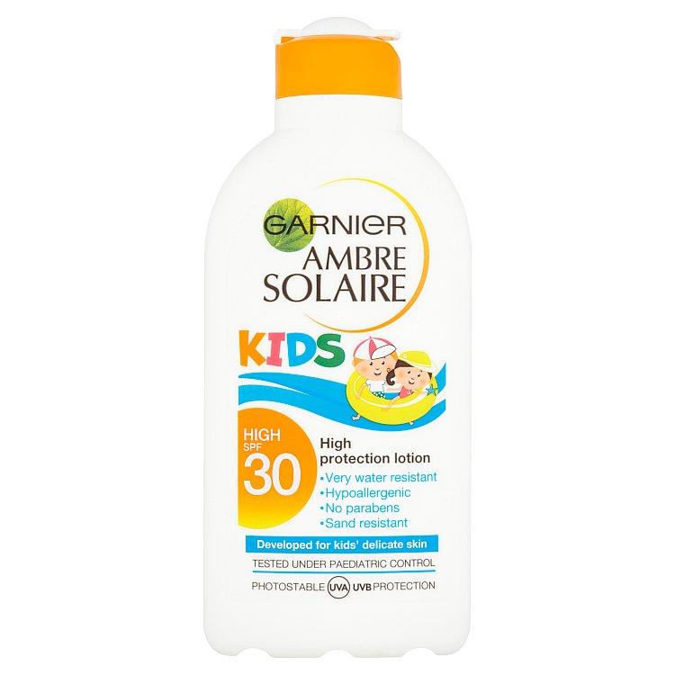 Fotografie Garnier Ambre Solaire Kids ochranné mléko pro děti SPF 30 200 ml