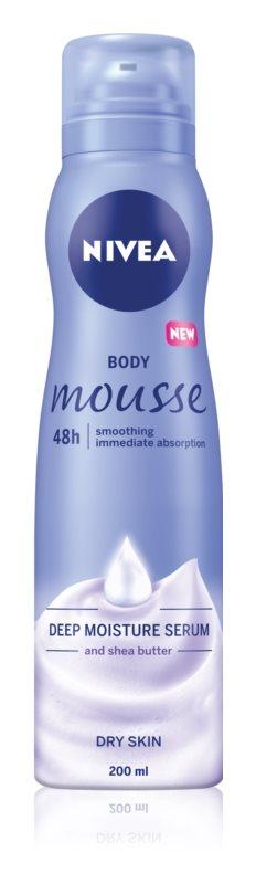 Nivea Deep Moisture tělová pěna pro suchou pokožku 200 ml