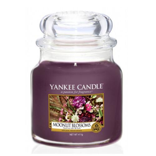 Yankee Candle svíčka Classic střední Květiny ve svitu měsíce 411 g